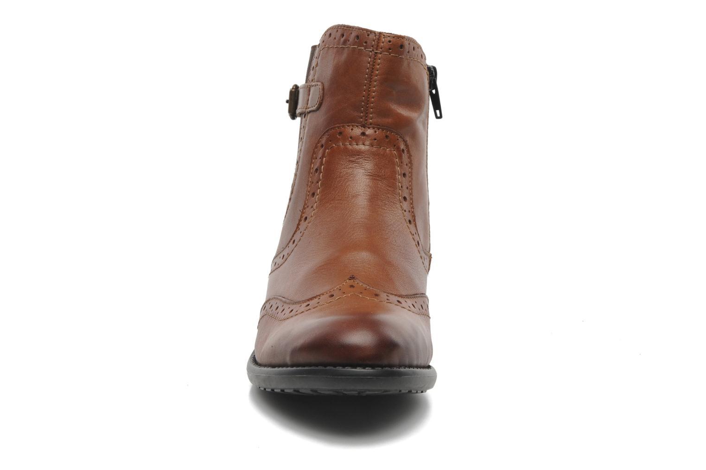 Bottines et boots Remonte Carlla R6470 Marron vue portées chaussures
