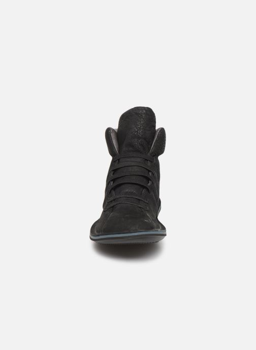 Baskets Camper Beetle 46751 Noir vue portées chaussures