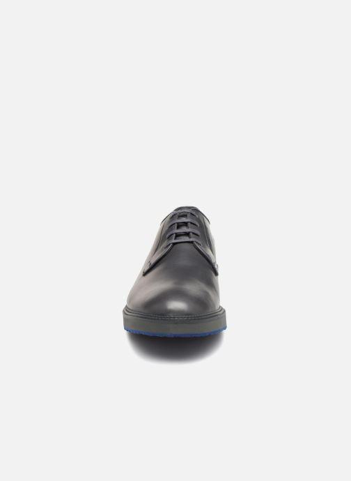 Chaussures à lacets Camper Magnus 18897 Gris vue portées chaussures
