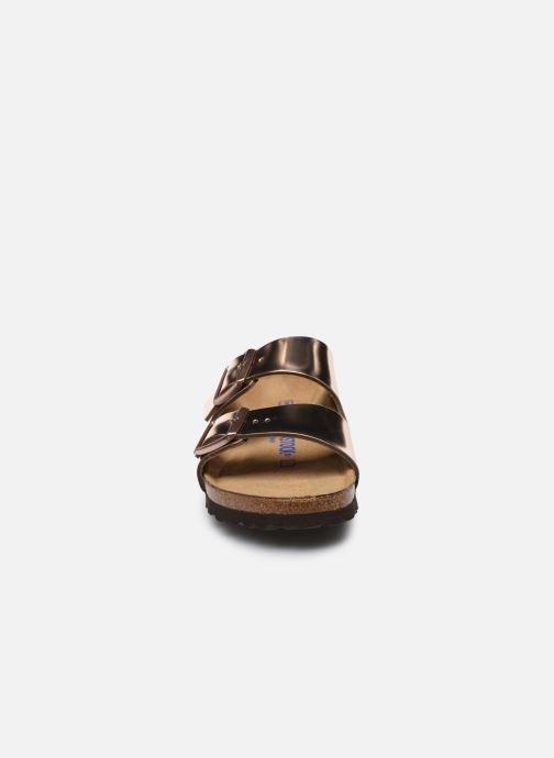Mules et sabots Birkenstock Arizona Cuir W Or et bronze vue portées chaussures
