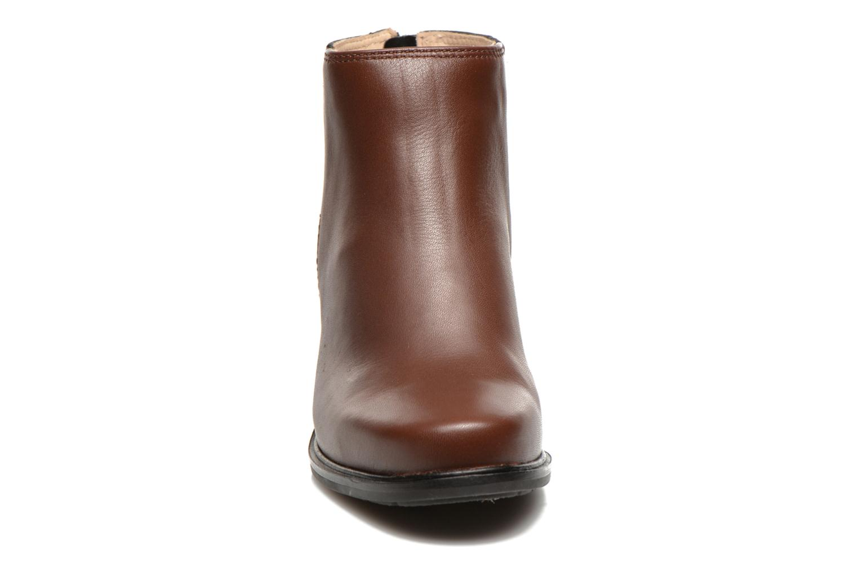 Bottines et boots Hush Puppies Stella Cordell Noir vue portées chaussures