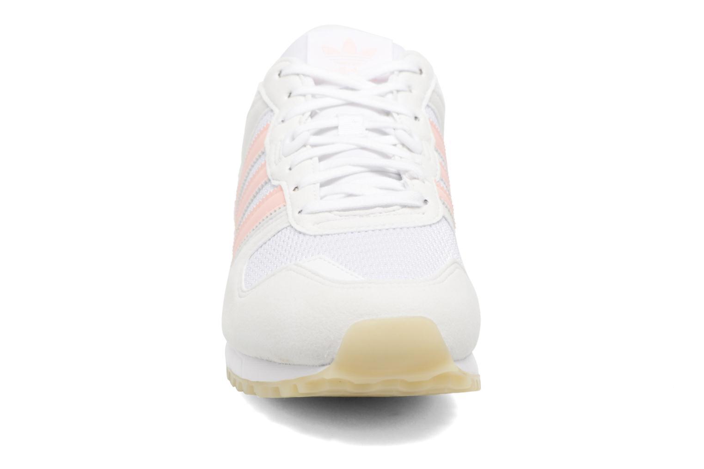 Trainers Adidas Originals Zx 700 W Pink model view
