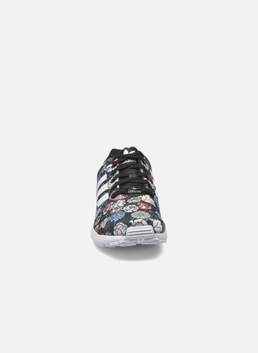 Baskets adidas originals Zx Flux W Multicolore vue portées chaussures