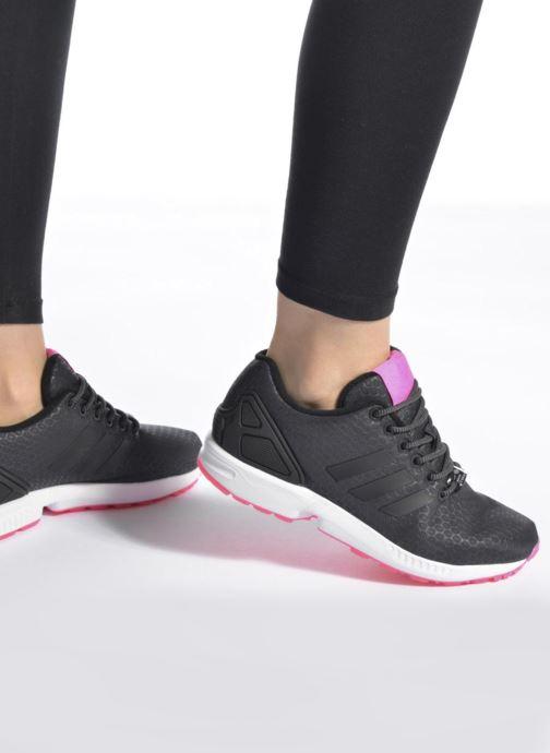 Baskets adidas originals Zx Flux W Gris vue bas / vue portée sac