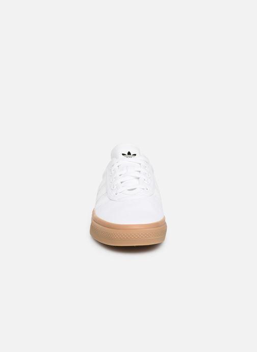 Deportivas adidas originals Adi-Ease Blanco vista del modelo