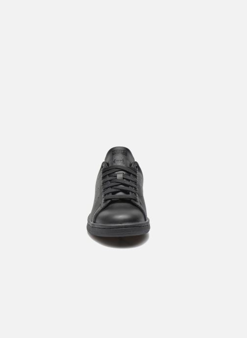 Sneakers adidas originals Stan Smith W Nero modello indossato
