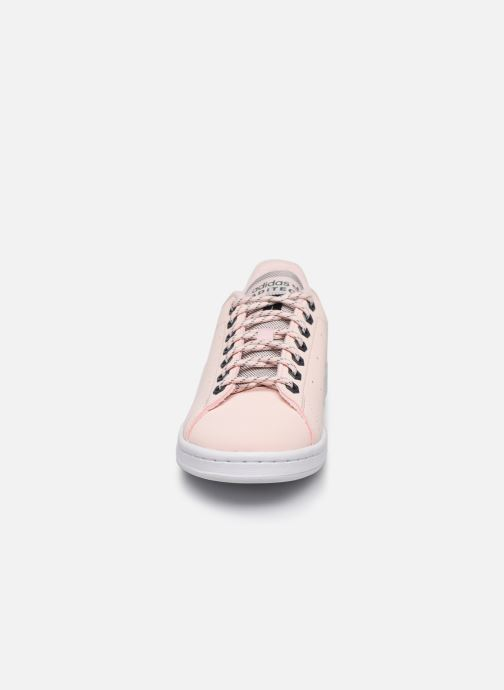 Sneakers adidas originals Stan Smith W Rosa modello indossato