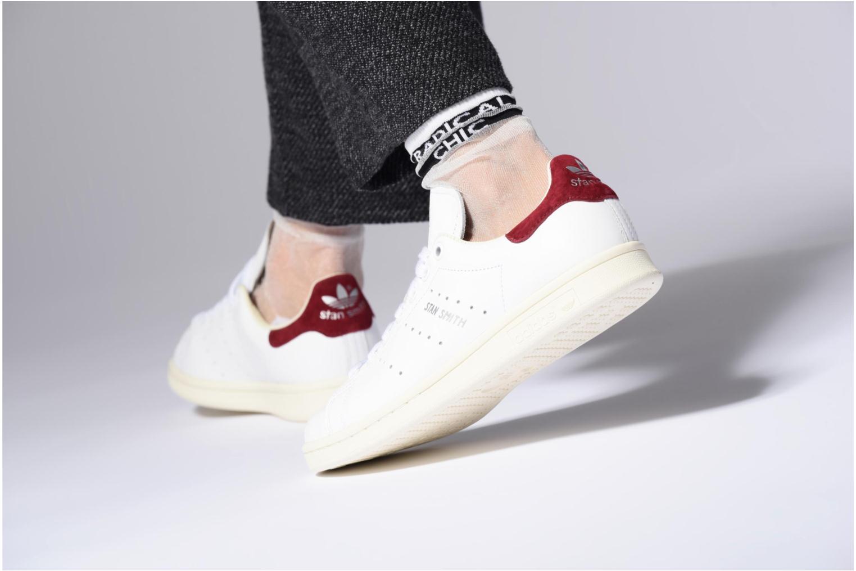 Baskets Adidas Originals Stan Smith W Rouge vue bas / vue portée sac