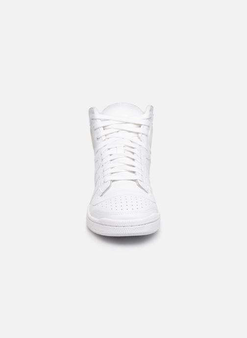 Baskets adidas originals Top Ten Hi Blanc vue portées chaussures
