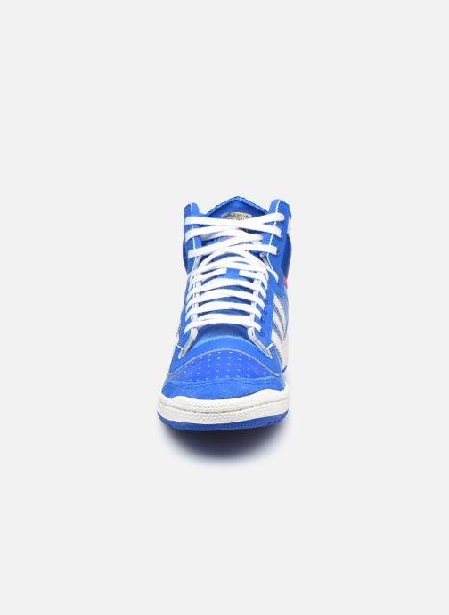 Baskets adidas originals Top Ten Hi Bleu vue portées chaussures