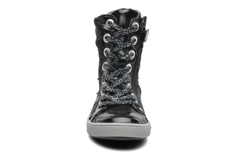 Bottines et boots GBB HILARIE Gris vue portées chaussures