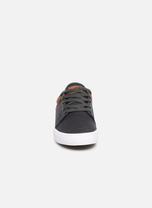 Sneaker Globe Gs grau schuhe getragen