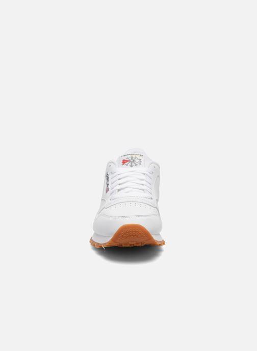 Sneakers Reebok Classic Leather Bianco modello indossato