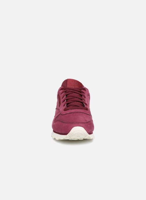 Baskets Reebok Classic Leather W Rouge vue portées chaussures