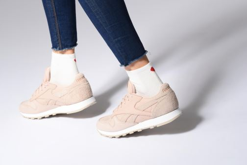 Baskets Reebok Classic Leather W Gris vue bas / vue portée sac