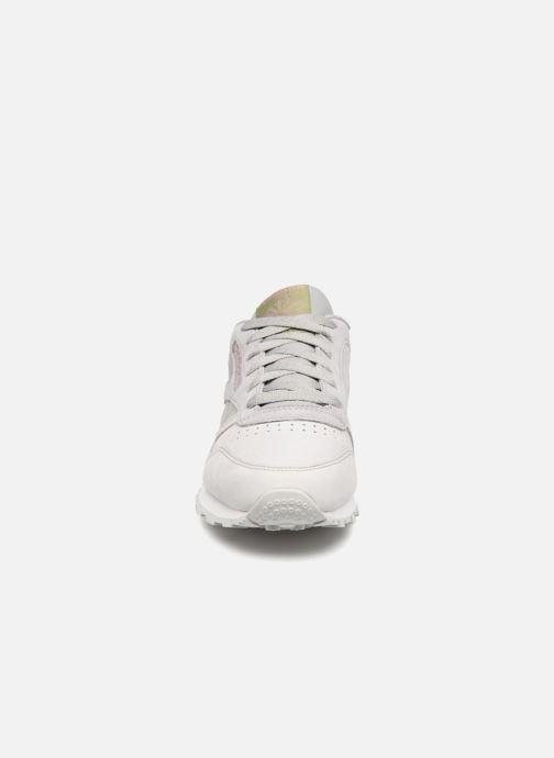 Baskets Reebok Classic Leather W Gris vue portées chaussures