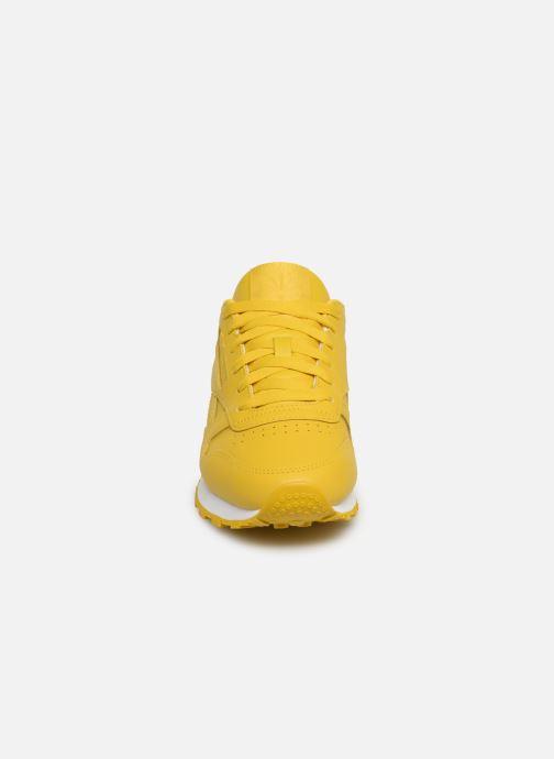 Sneaker Reebok Classic Leather W gelb schuhe getragen