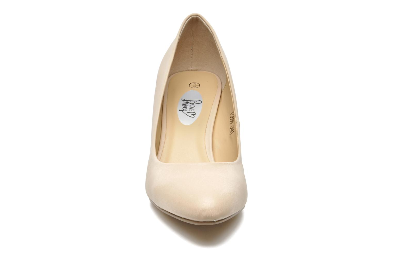 Høje hæle I Love Shoes Kizup Beige se skoene på
