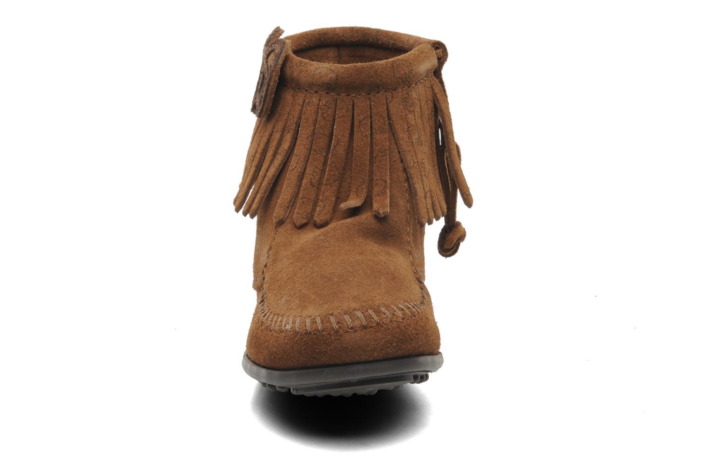Boots en enkellaarsjes Minnetonka Hello Kitty Fringe Bootie Bruin model