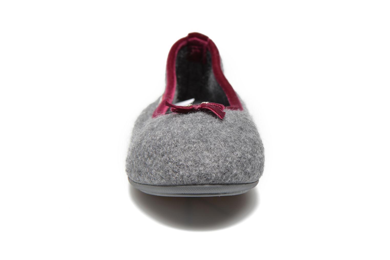 Chaussons Giesswein Honehau Gris vue portées chaussures