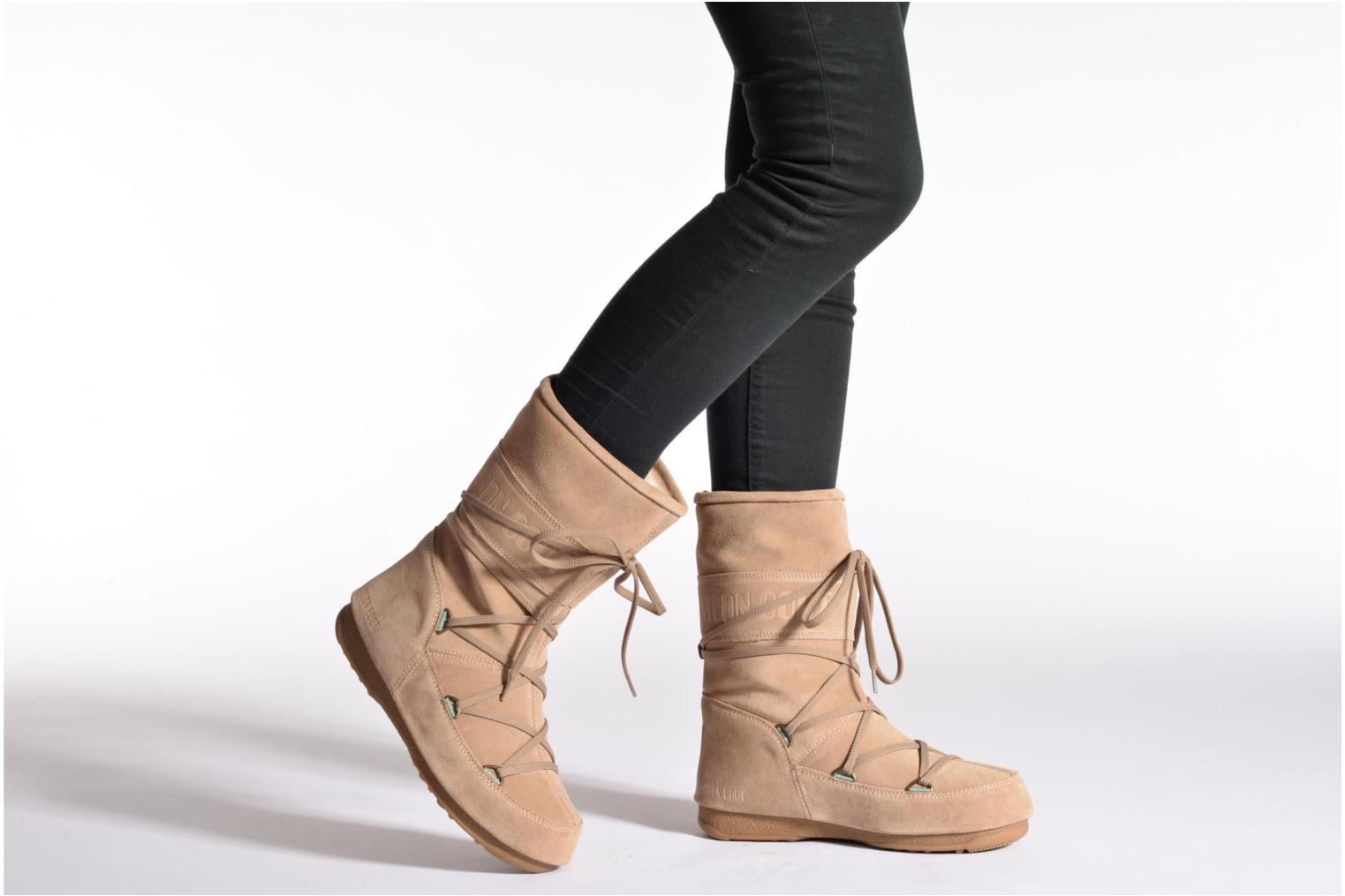 Ankle boots Moon Boot Caviar Mid Beige view from underneath / model view