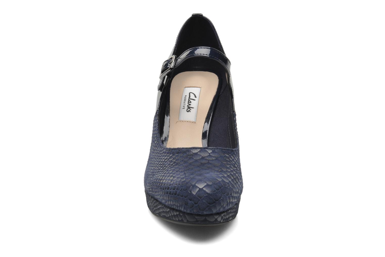 Escarpins Clarks Angie Kendra Bleu vue portées chaussures