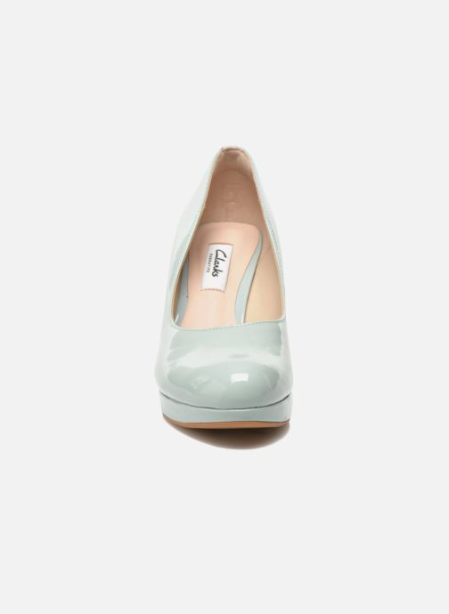 Escarpins Clarks Crisp Kendra Vert vue portées chaussures