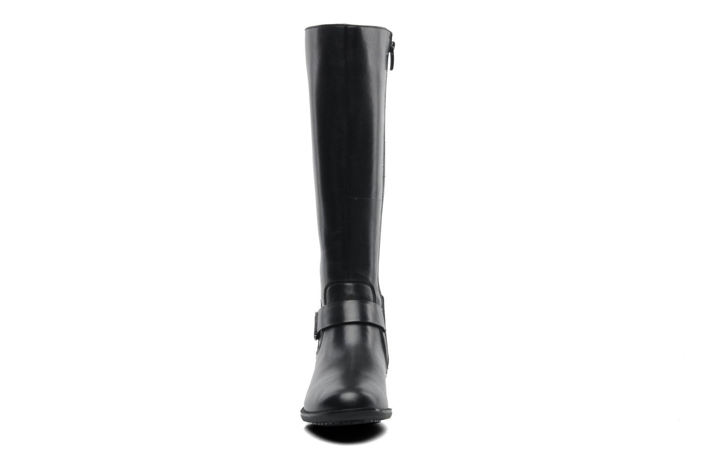 Bottes Clarks Mint Treat GTX Noir vue portées chaussures