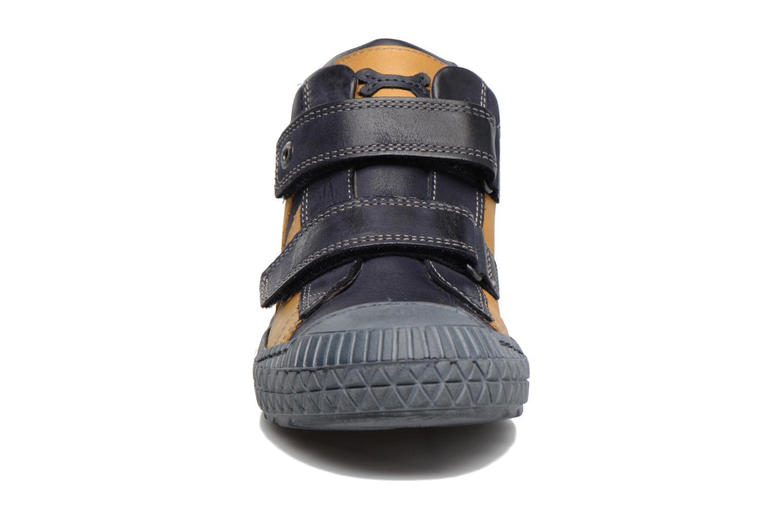 Baskets Stones and Bones Nevan Jaune vue portées chaussures