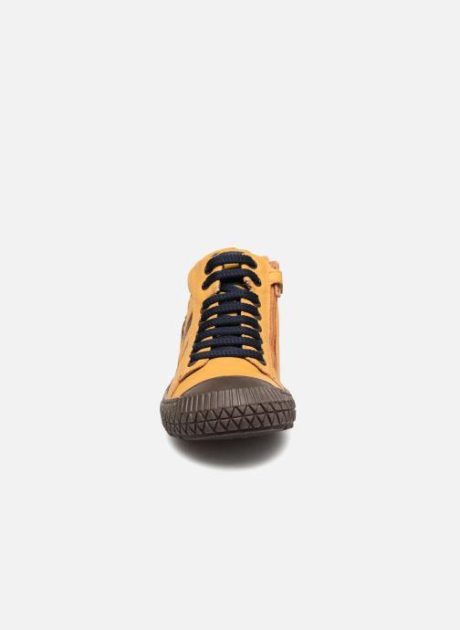 Baskets Stones and Bones Niels Jaune vue portées chaussures
