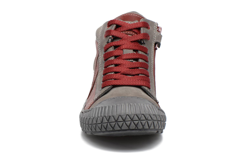Sneaker Stones and Bones Niels weinrot schuhe getragen