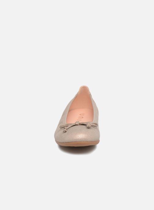 Ballerines Unisa CASIA Or et bronze vue portées chaussures