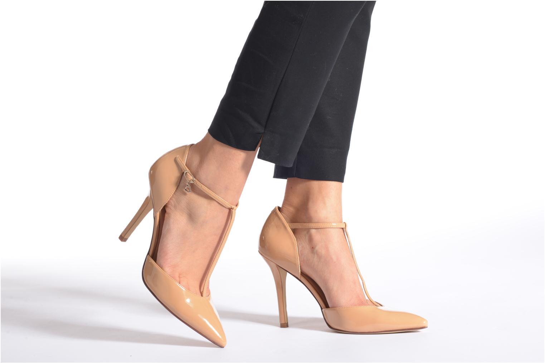Zapatos de tacón Guess Teren Rojo vista de abajo