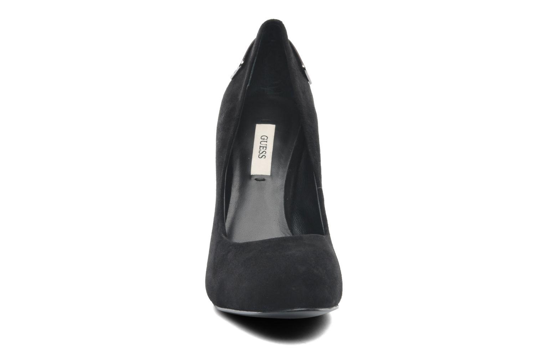 Zapatos de tacón Guess Baldia Negro vista del modelo