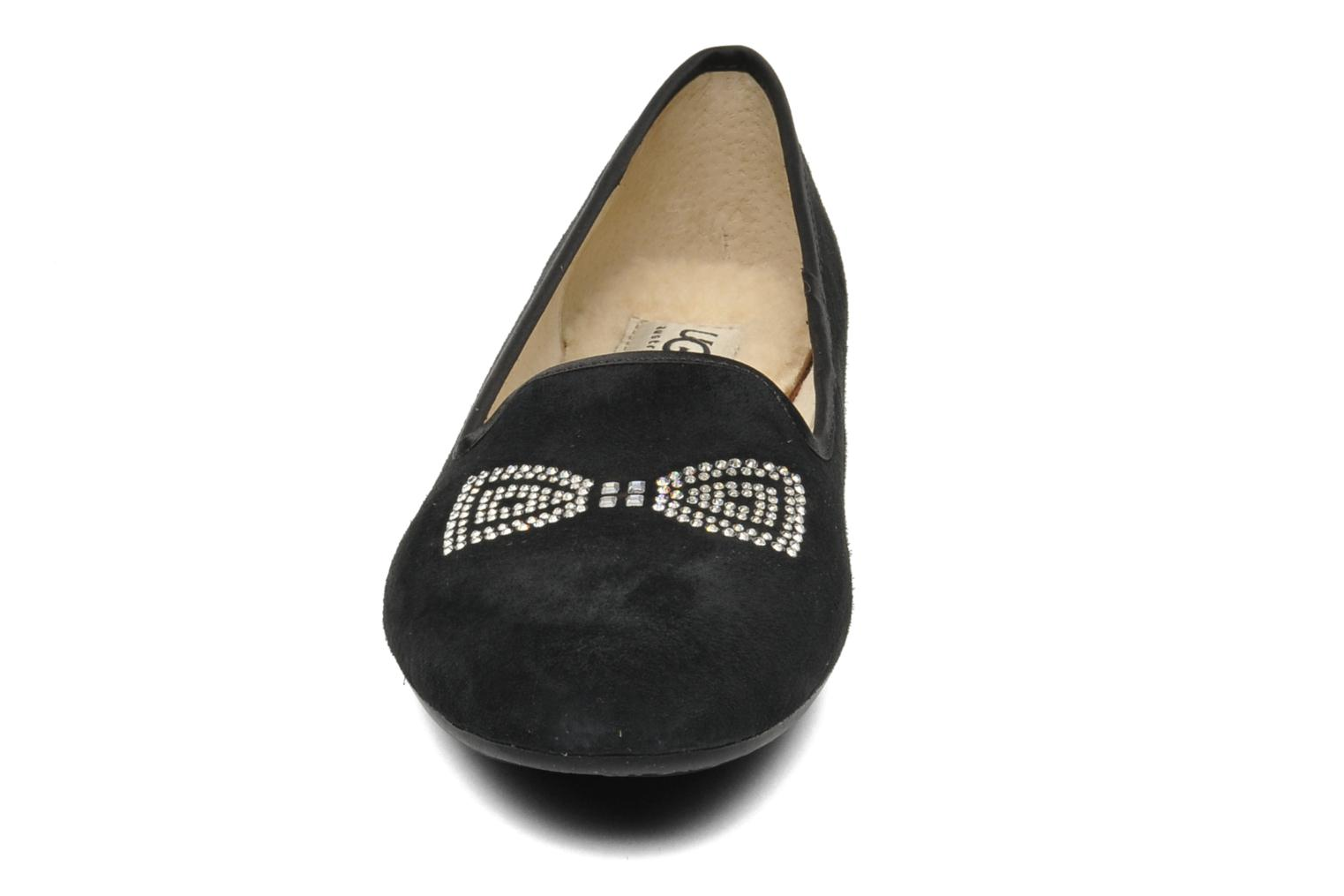 Chaussons UGG Alloway Crystal Bow Noir vue portées chaussures