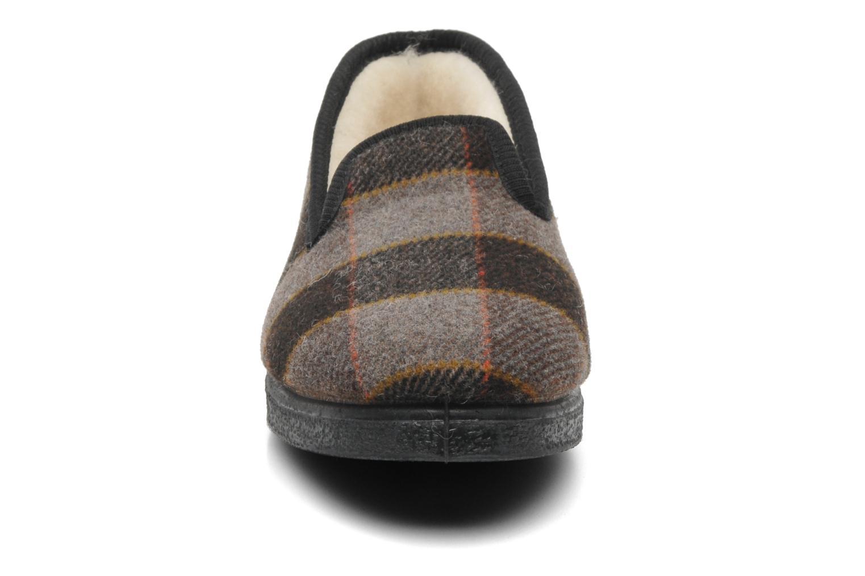 Chaussons Rondinaud Donzac Marron vue portées chaussures