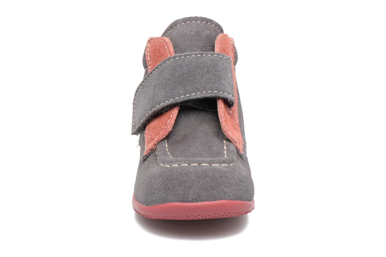 Chaussures à scratch Kickers Bono Gris vue portées chaussures