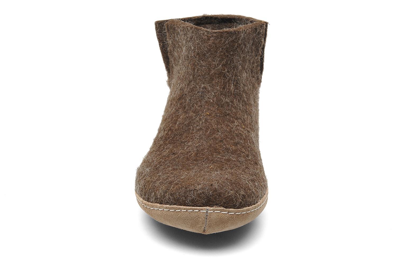Chaussons Glerups Poras M Marron vue portées chaussures