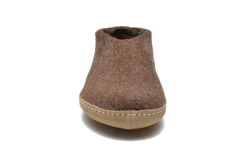 Chaussons Glerups Porter M Marron vue portées chaussures