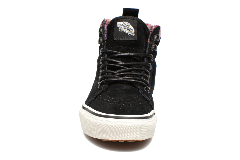 Baskets Vans SK8-Hi MTE W Noir vue portées chaussures