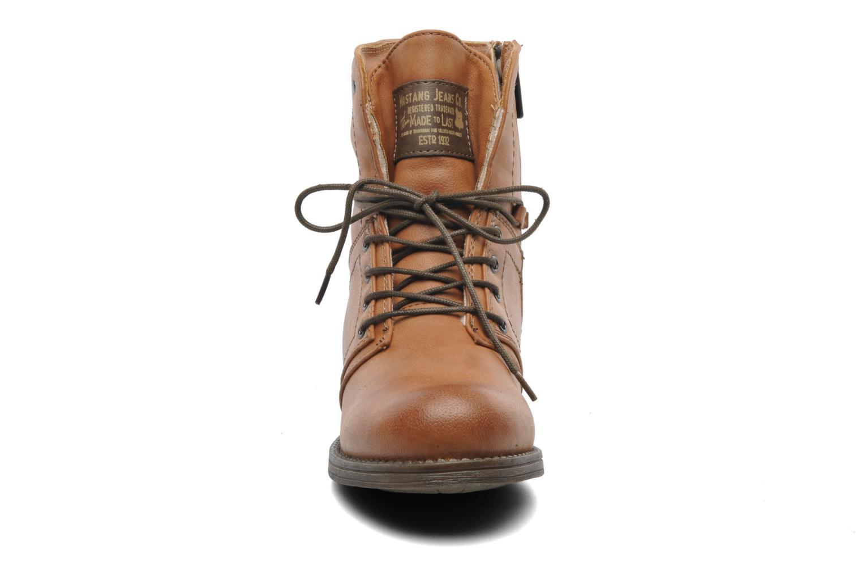 Bottines et boots Mustang shoes Bigz Marron vue portées chaussures