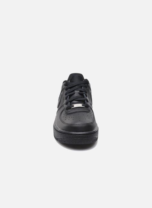 Deportivas Nike Air Force 1 (Gs) Negro vista del modelo
