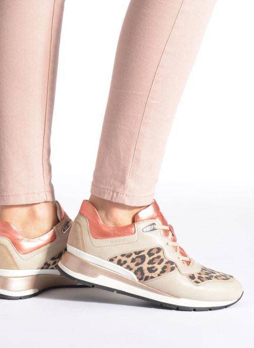 Sneaker Geox D SHAHIRA A D44N1A beige ansicht von unten / tasche getragen