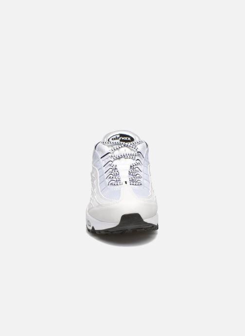 Baskets Nike Air Max '95 Blanc vue portées chaussures