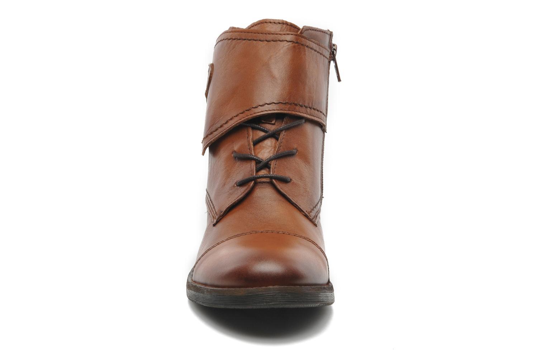 Boots Mustang shoes Ildys Brun bild av skorna på