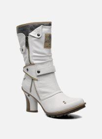 Boots Dam Lazlo
