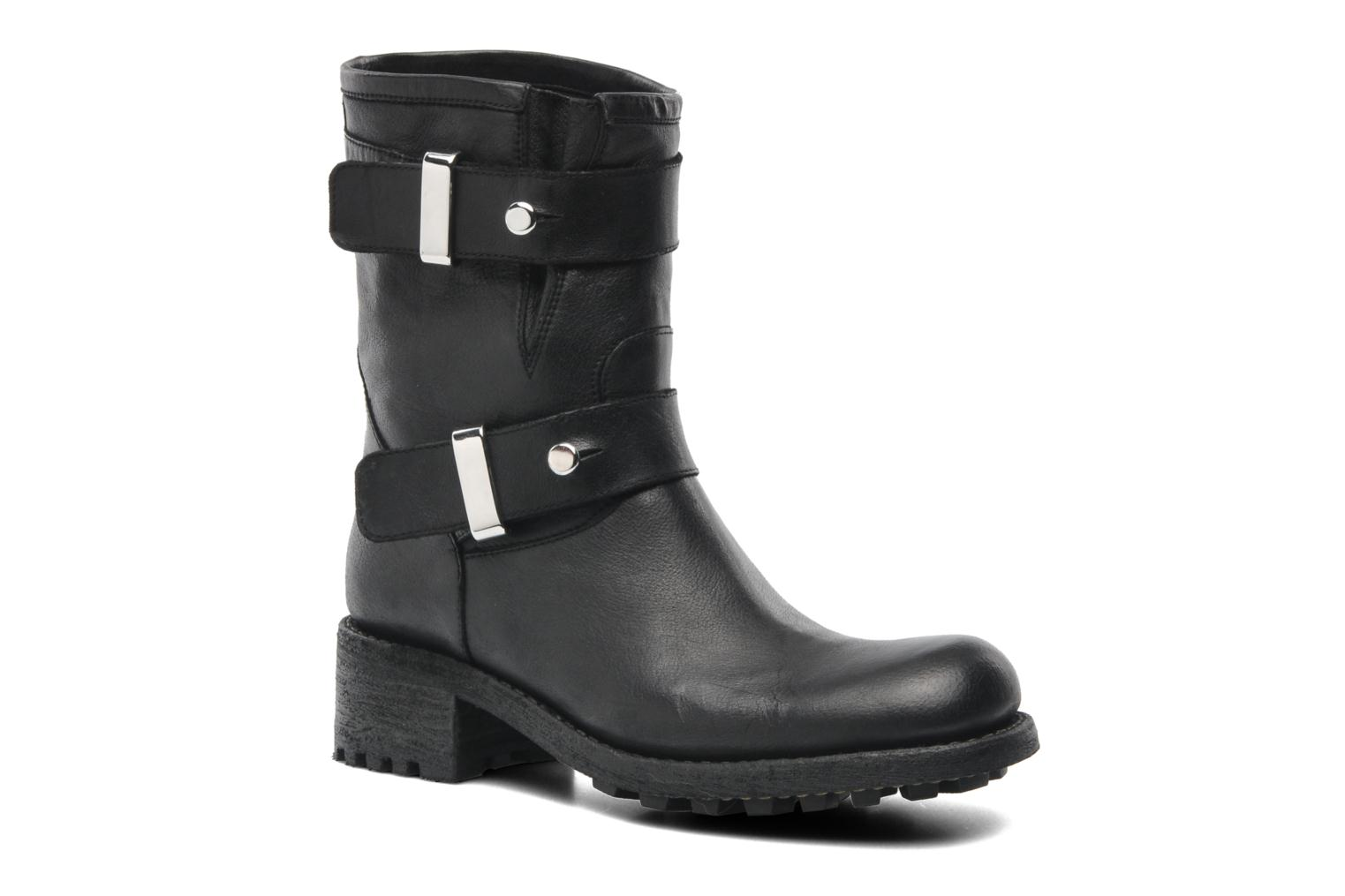 Ankle boots Free Lance Biker 4 Ministrap Buckle Black detailed view/ Pair view