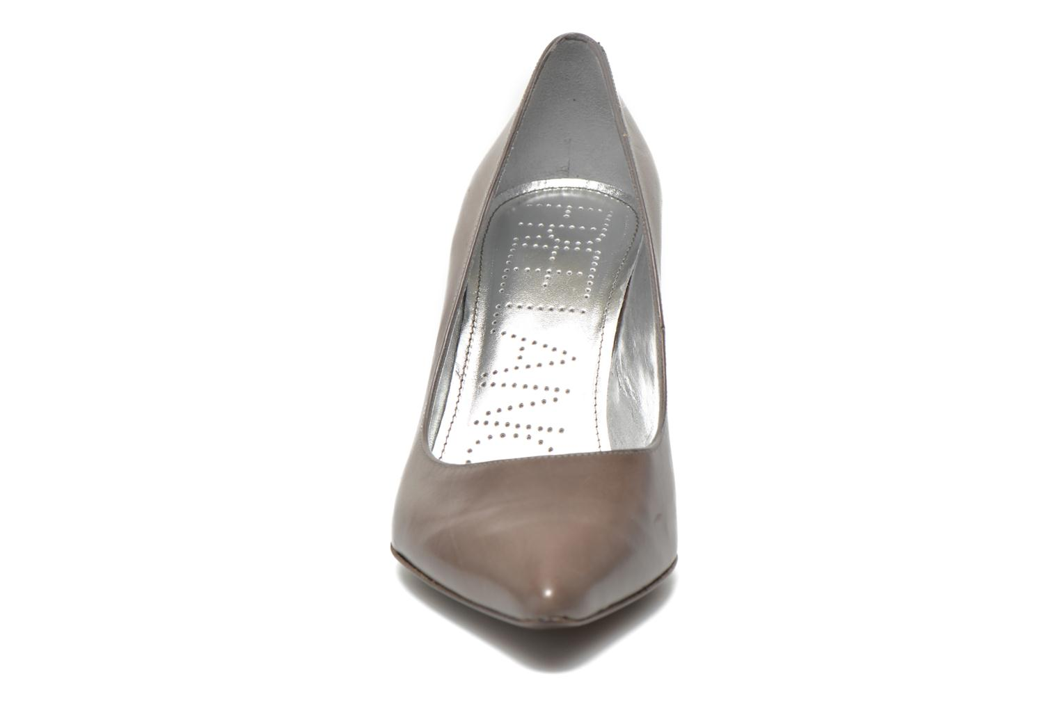 High heels Free Lance Itlys 7 Pumps Grey model view