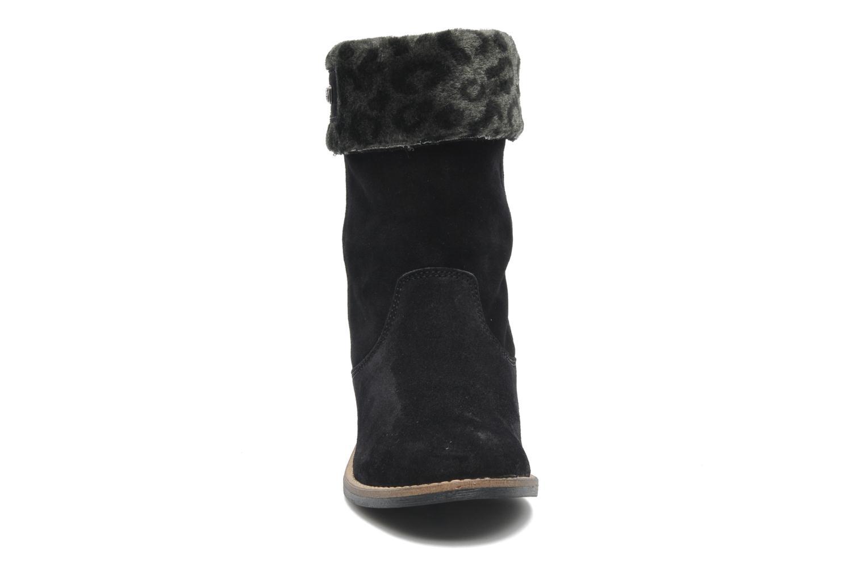 Bottines et boots Le temps des cerises Eva Fur Noir vue portées chaussures