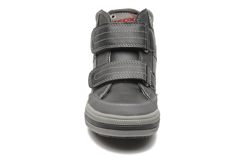 Baskets Geox JR ELVIS A Gris vue portées chaussures